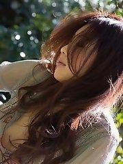 Asian teen beauty is a hottie with a hot ass