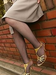 Slut in thigh highs spreads for a vibrator