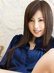 Rie Sakura Flashing Her Tits
