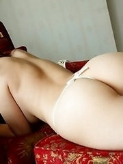 Beautiful and luxurious Japanese av idol Mako Kadokura shows her amazing body and pretty face