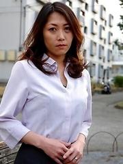 Super hot cheating wife Noriko Sudo