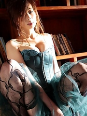 Waka Inoue shows big hooters in kinkiest lingerie she has