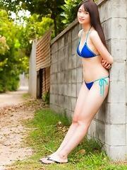 Rio Sugawara loves feeling sun on her body in bath suits